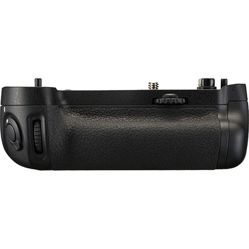 Nikon MB-D16 Multi-Power Battery Pack Grip for D750