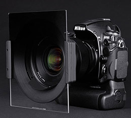 NiSi 150mm Square Filter Holder (for Carl Zeiss 15mm F2.8 Distagon T* Lens)
