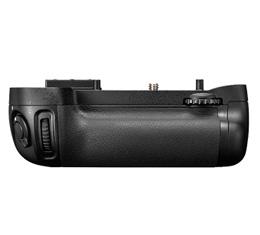 Image of Nikon MB-D15 Multi-Power Battery Pack Grip for D7100/D7200